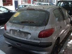 coche-abandonado-via-publica