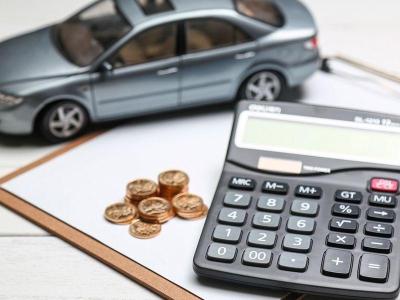 Qué impuestos hay que pagar cuándo se compra un coche